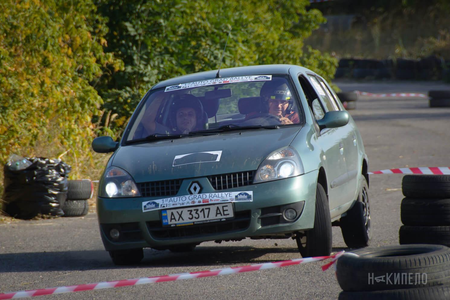 Водитель: Звягин Дмитрий<br/>Штурман: Щербак Михаил<br/>Машина: Renault Symbol (2005г., 1590см³)<br/>Класс: N2<br/>Стартовый №: 399