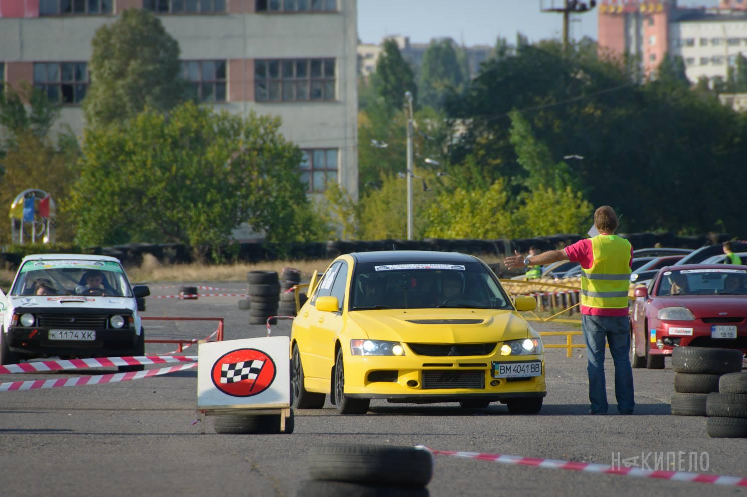 Водитель: Гриценко Юлия<br/>Штурман: Щербаков Роман<br/>Машина: Mitsubishi Lancer EVO IX (2006г., 1998 см³)<br/>Класс: N4<br/>Стартовый №: 432