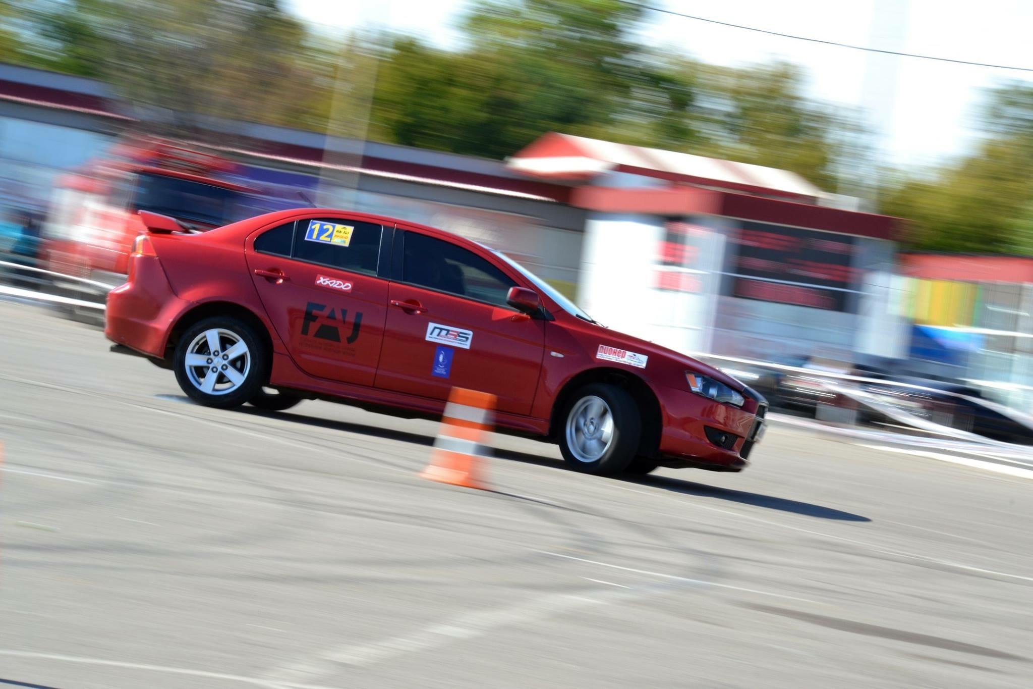 Водитель: Швец Ольга<br/>Штурман: Тесаловский Алексей<br/>Машина: Mitsubishi Lancer (2008г., 2000см³)<br/>Класс: N4