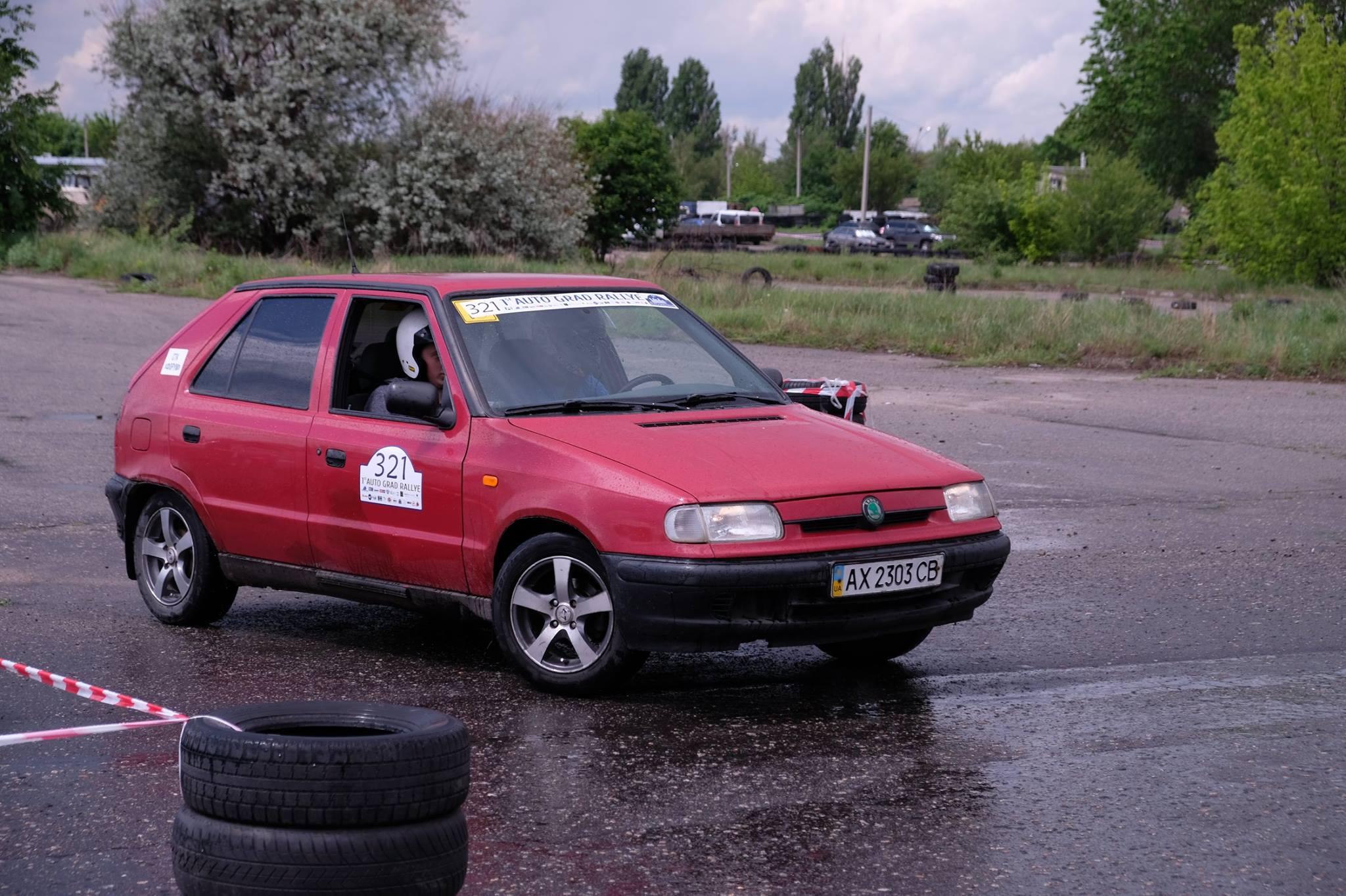 Водитель: Луговой Сергей<br/>Штурман: Луговой Виталий<br/>Машина: Škoda Felicia (1997г., 1300см³)<br/>Класс: Bravery