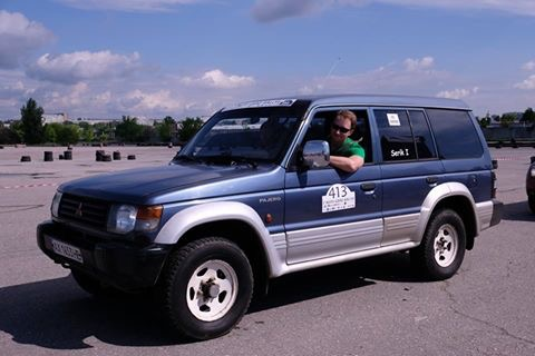 Водитель: Serik Ilya<br/>Штурман: Kravets Yana<br/>Машина: Mitsubishi Pajero (1993г., 2500см³)<br/>Класс: N4